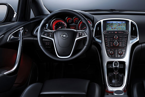 Interno-opel-astra-sports-tourer